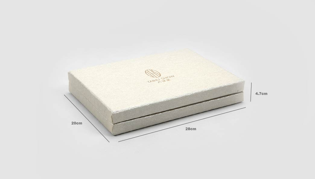 Luxury Silk Pillow Cover Packaging Boxes Size