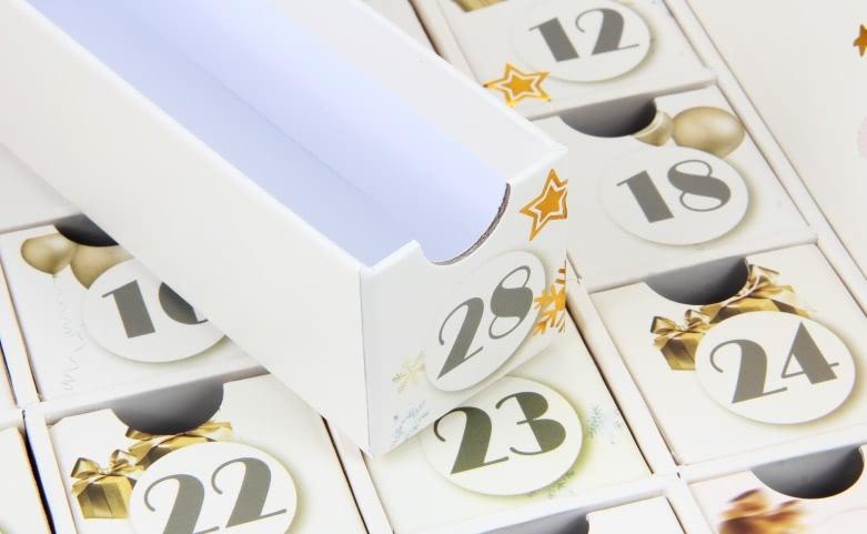 Beauty Christmas Set Calendar Box Open