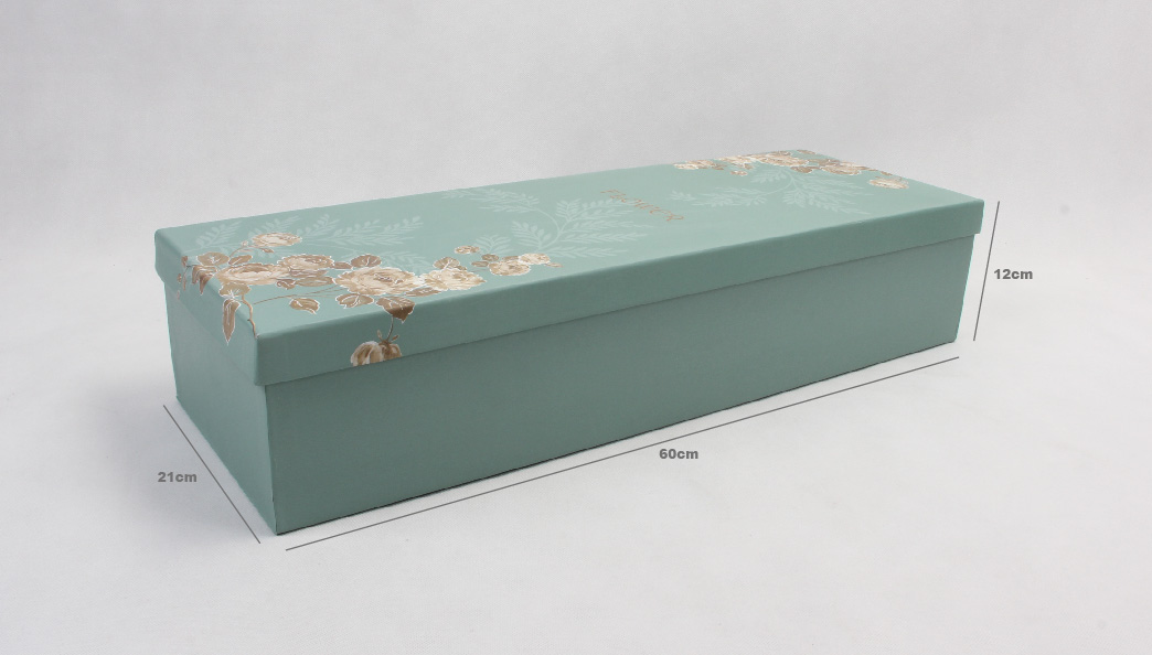 Classic Love Story Flower Boxes Size