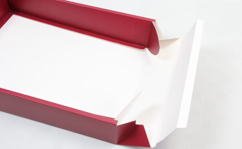 Concise Red Duvet Cover Packaging Boxes Folding