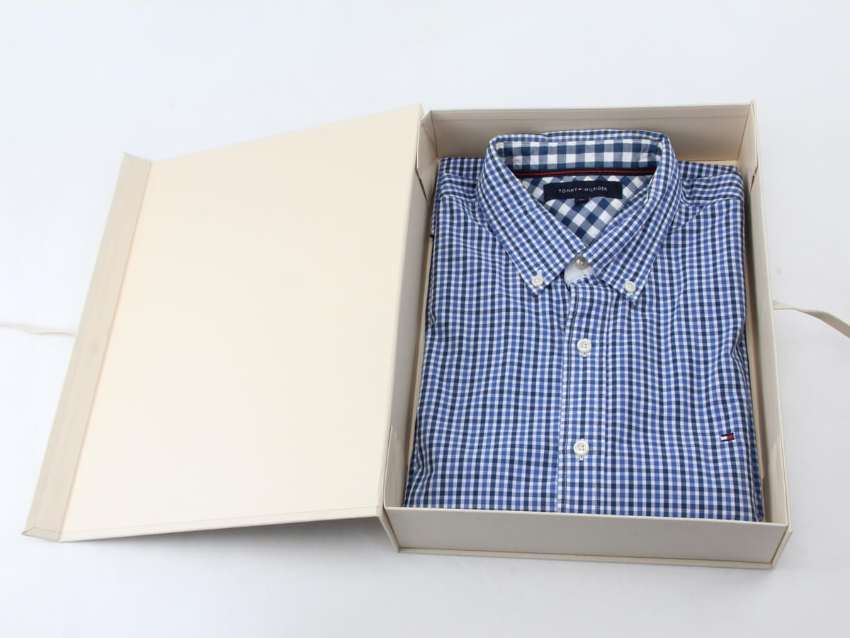 Binding Cloth Garment Paper Boxes With Shirt