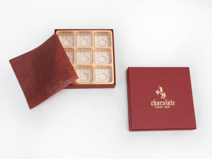 Black Chocolate Packaging Boxes Lining Detail