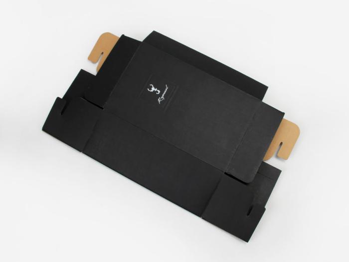 Black Corrugated Shoe Boxes Folding Display