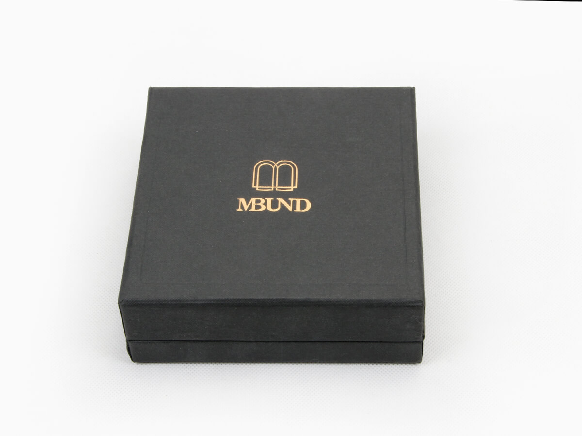 Black Dyed Full Embossing Jewelry Packaging Boxes Display