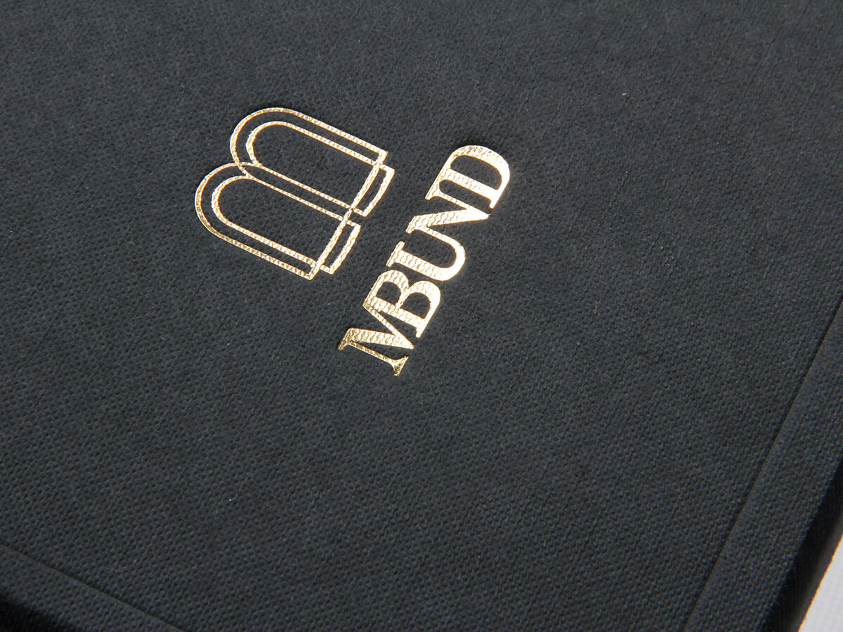 Black Dyed Full Embossing Jewelry Packaging Boxes LOGO Technique