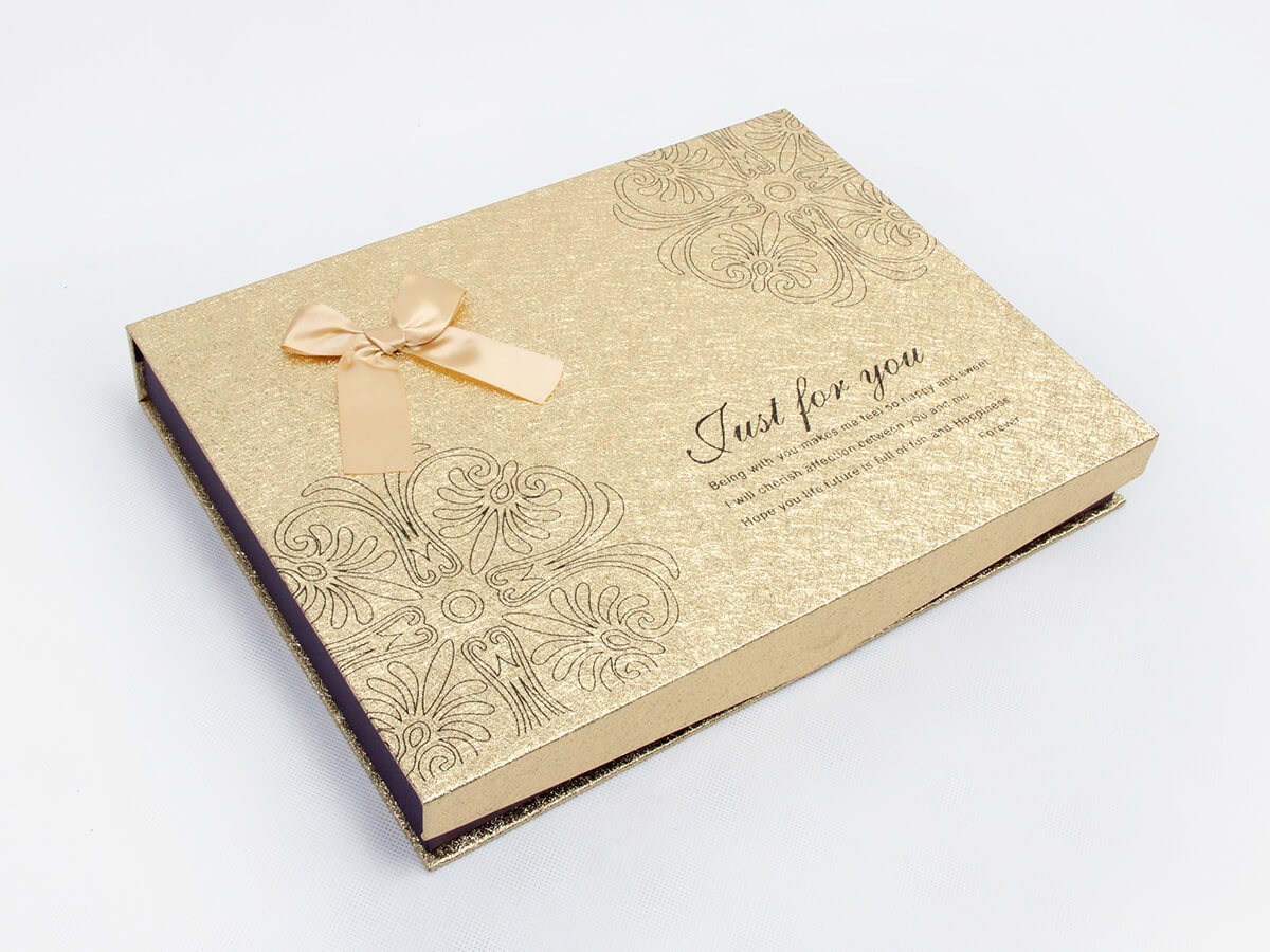 Chocolate Gift Boxes Side Display