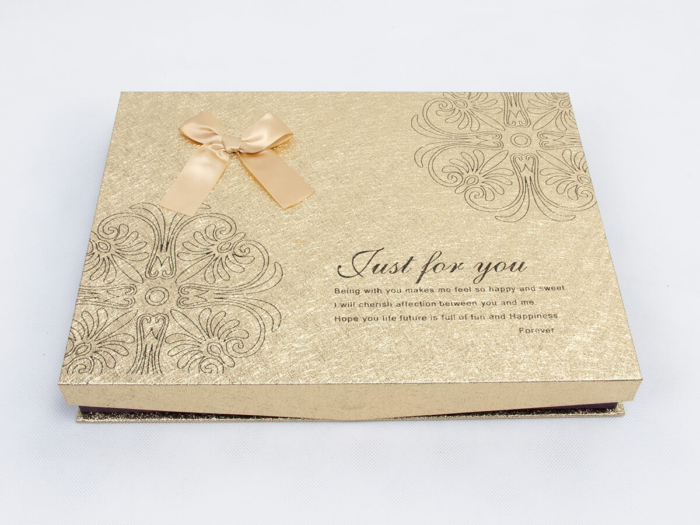 Dazzling Hinged Lids Golden Chocolate Gift Boxes