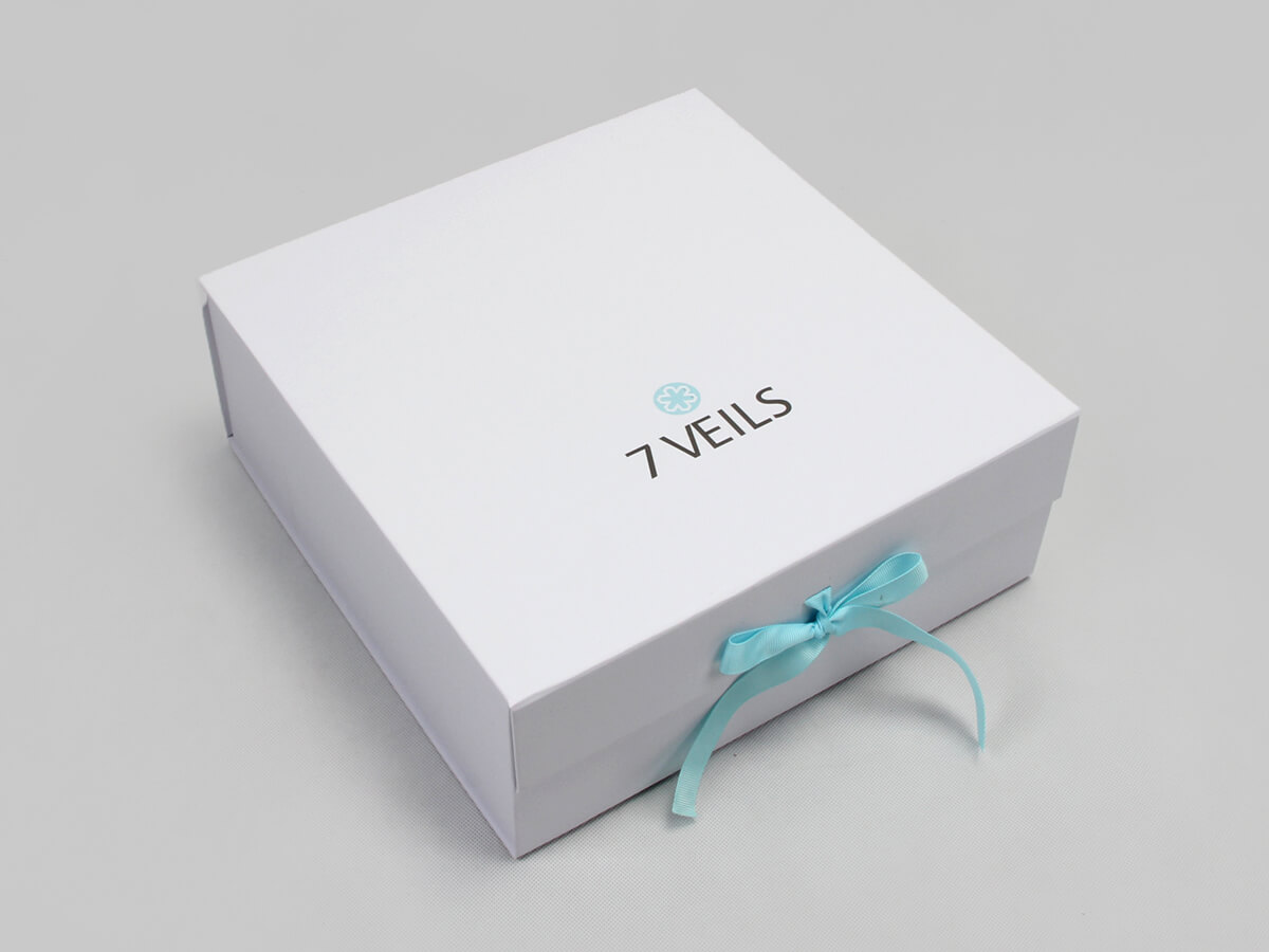 Exclusive Folding Garment Boxes With Ribbon