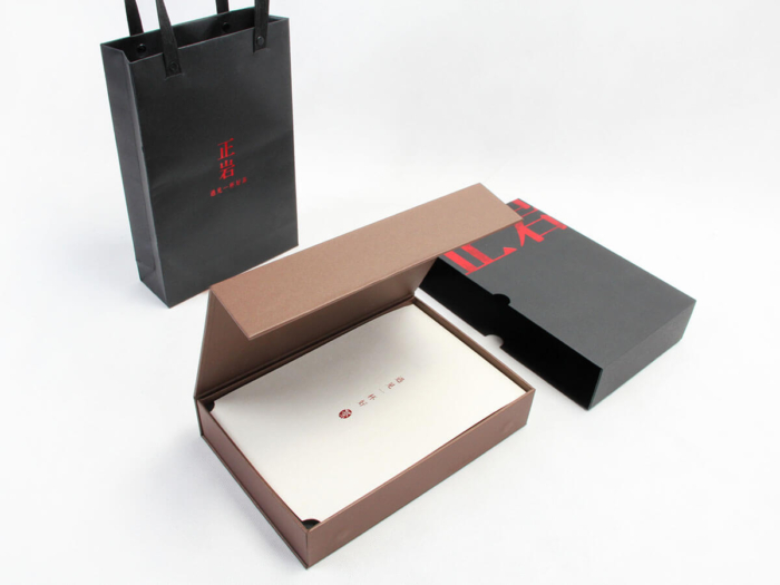 High-End Drawer Black Tea Gift Boxes and Tote Bags