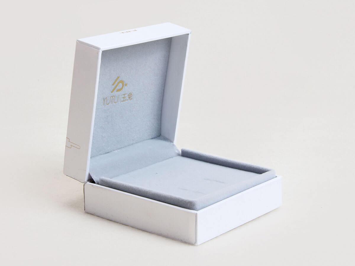 Jade Rabbit Jewelry Packaging Boxes Corner Display