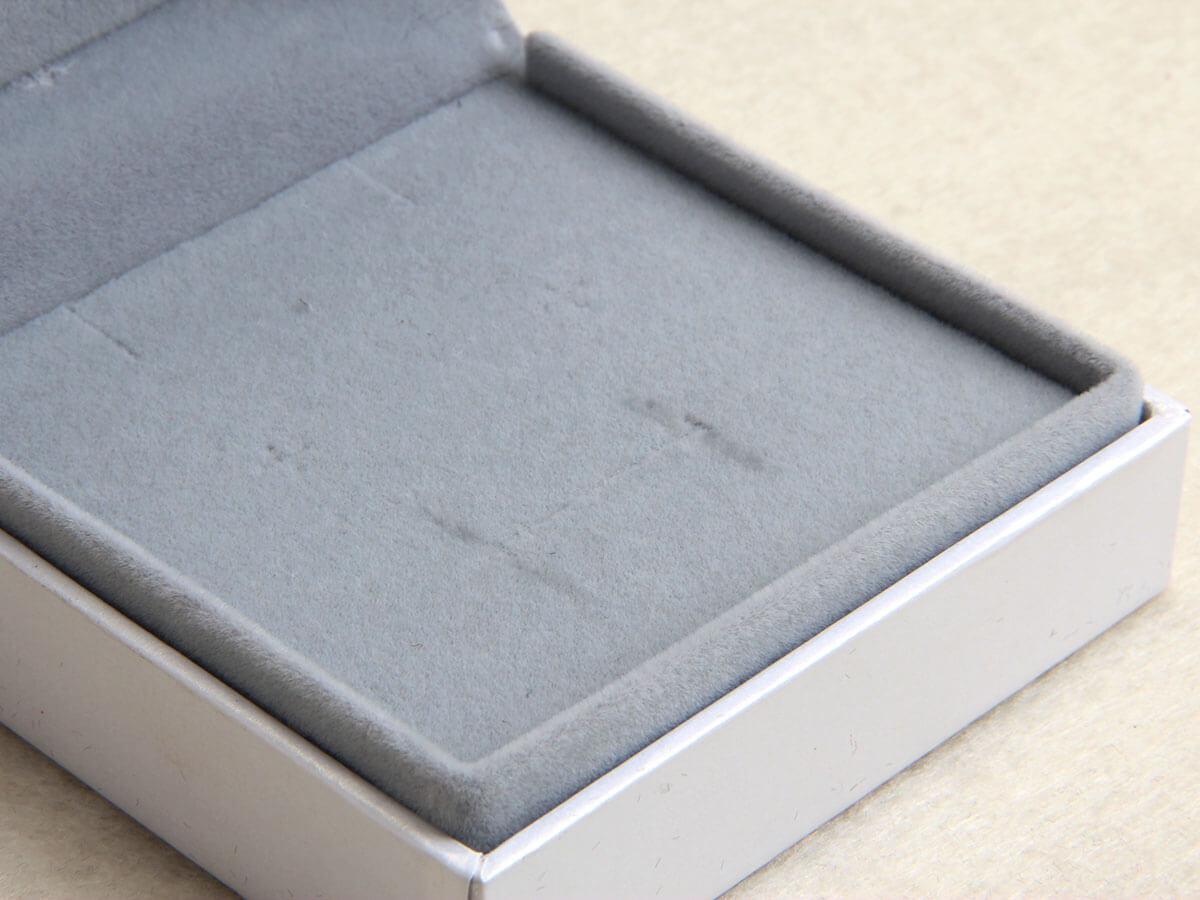 Jade Rabbit Jewelry Packaging Boxes Lining Detail