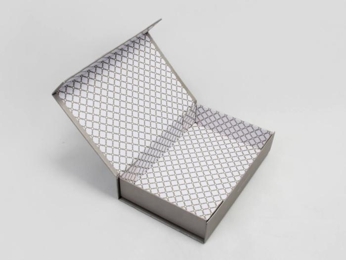 Kraft Paper Shirt Packaging Boxes Open Way