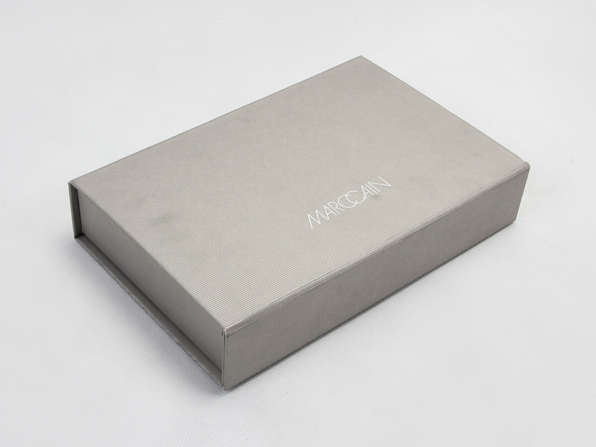 Kraft Paper Shirt Packaging Boxes With Full Embossing