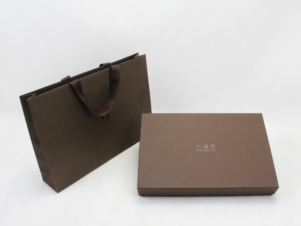 Luxury Scarf Packaging Boxes and Handbags