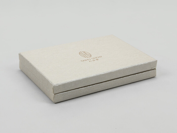 Luxury Silk Pillow Cover Packaging Boxes Side Detail