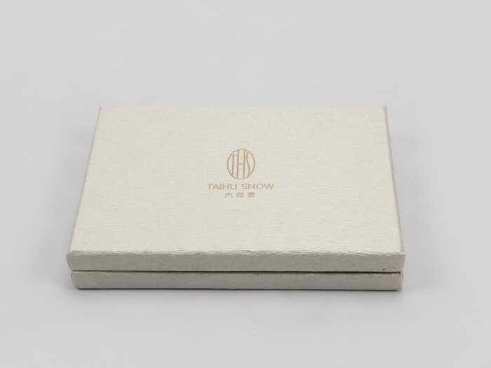 Luxury Silk Pillow Cover Packaging Boxes logo Technique