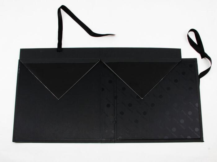 Luxury Women Dress Packaging Boxes Folding Detail