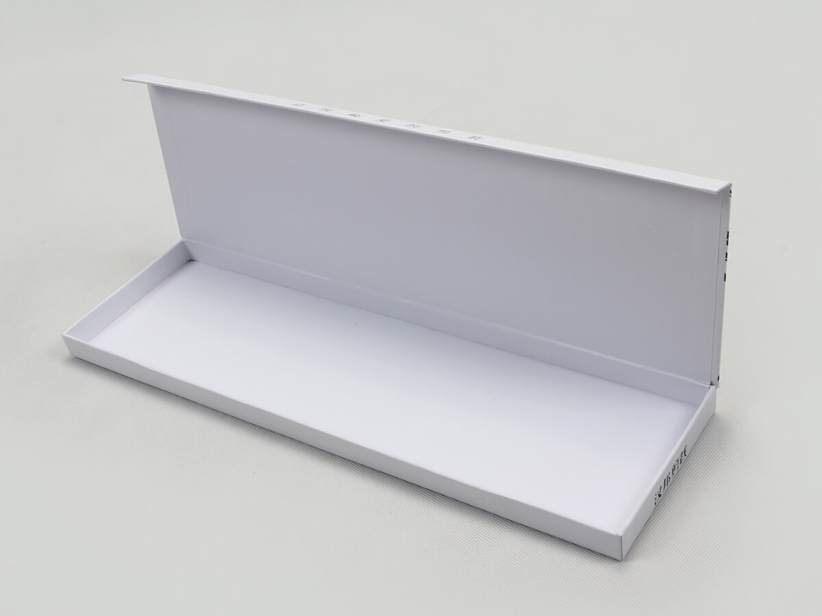 Novelty White Necktie Gift Boxes Clamshell Way