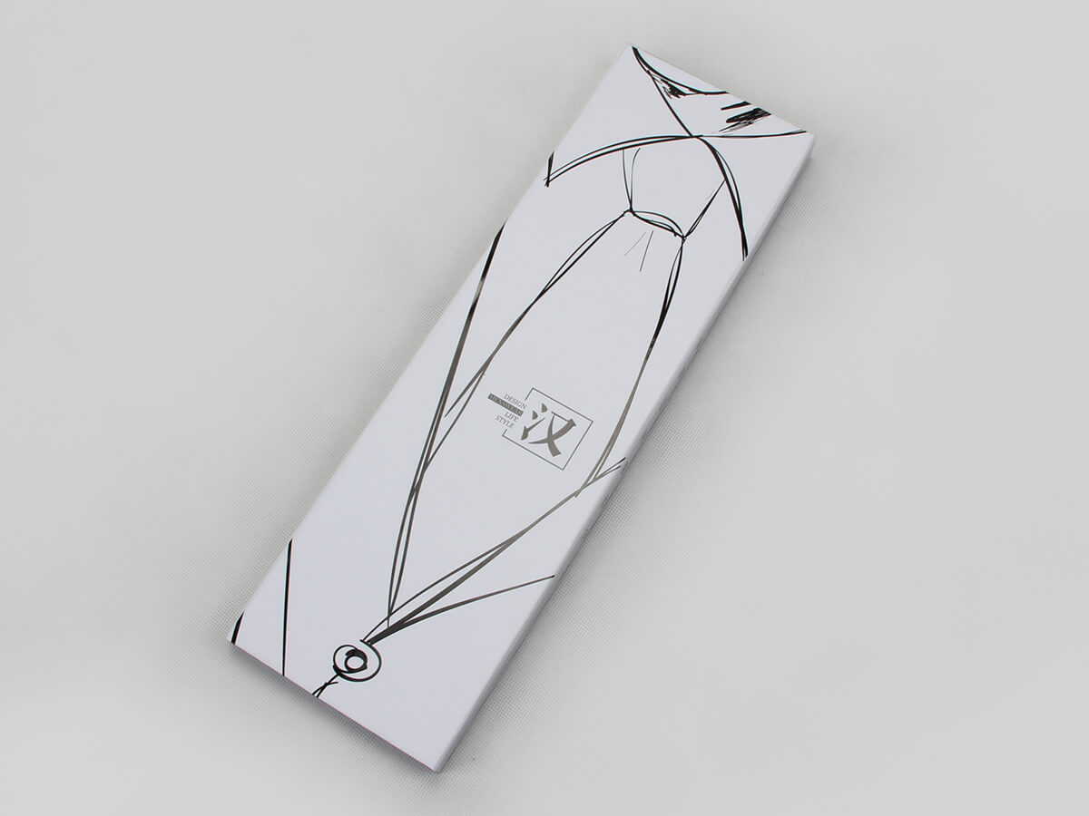 Novelty White Necktie Gift Boxes Side Display