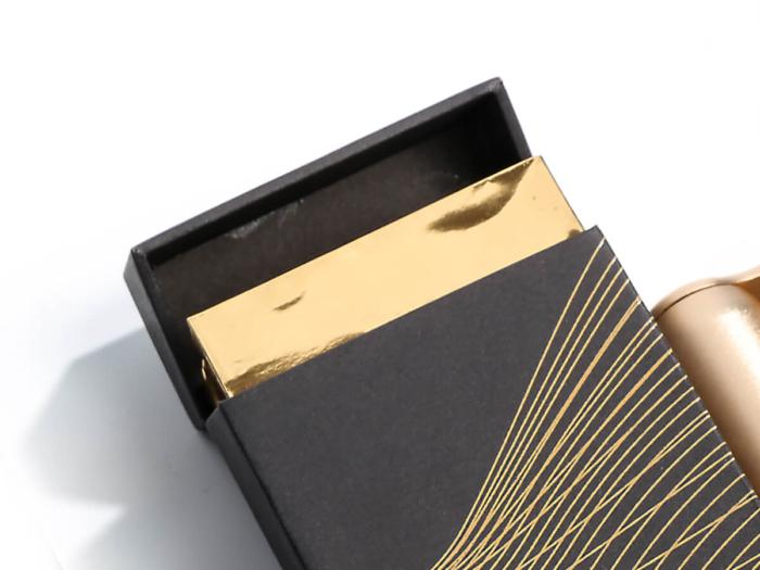 Original Desgine Cigarette Packaging Boxes Corner Display