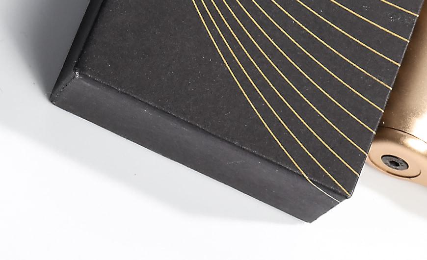 Original Desgine Cigarette Packaging Boxes Corner Printed Detail