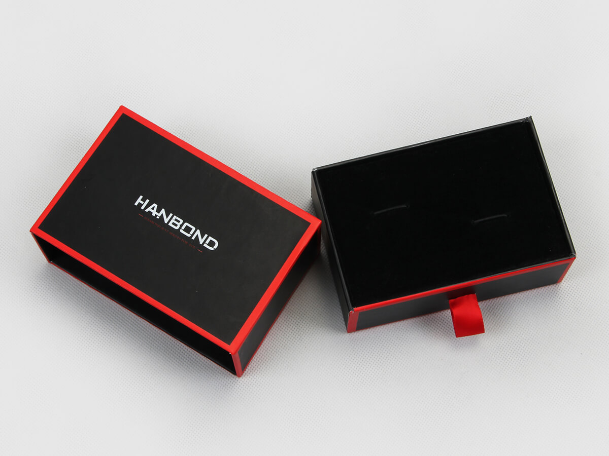 Red Inlaid Dark Garment Packaging Boxes Description