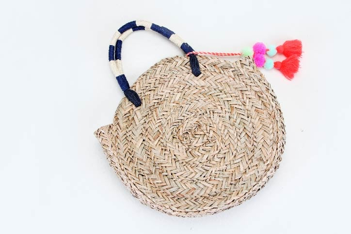 Round Straw Woven Beach Bags style