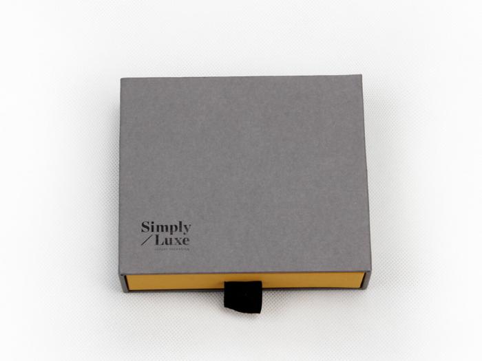 Simple Luxury Gift Packaging Boxes Logo Printed