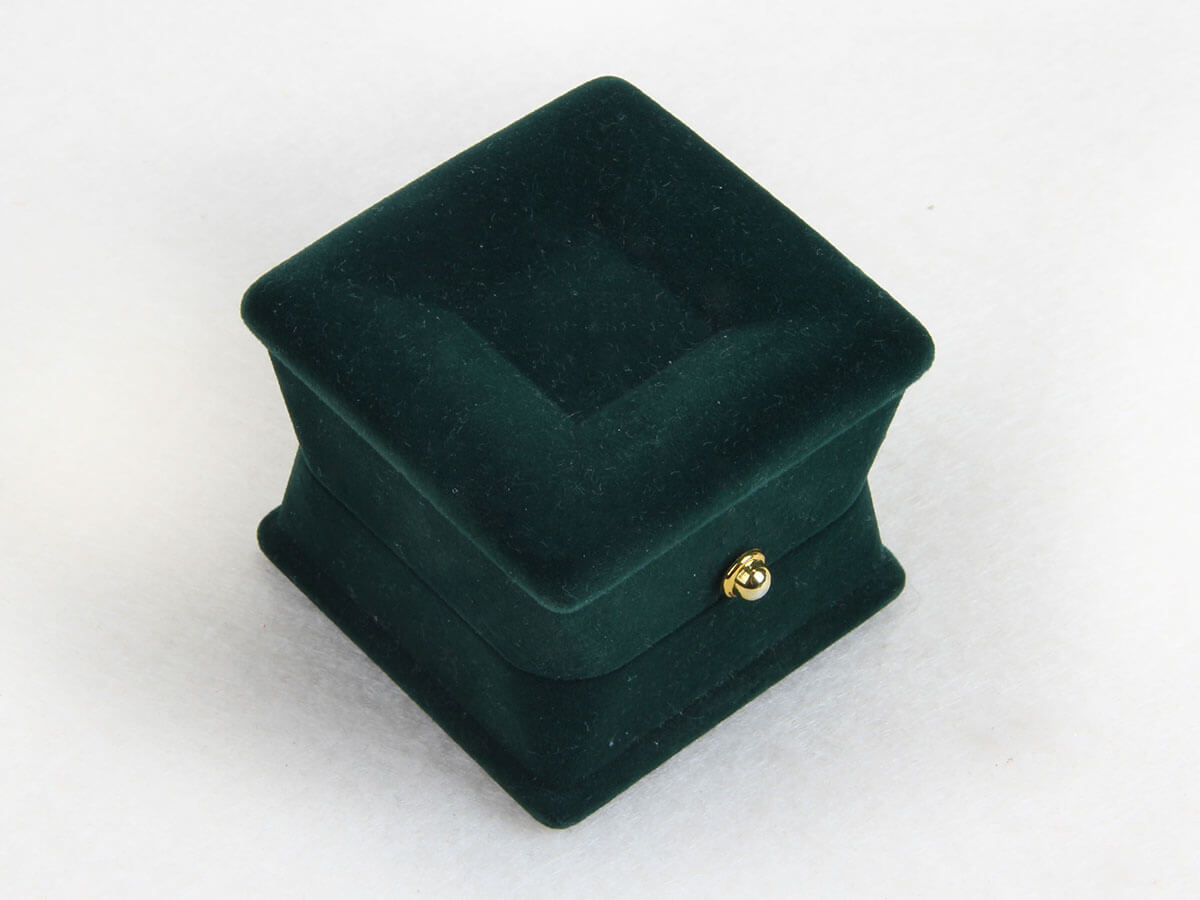 Verdant Velvet Jewelry Boxes Technique