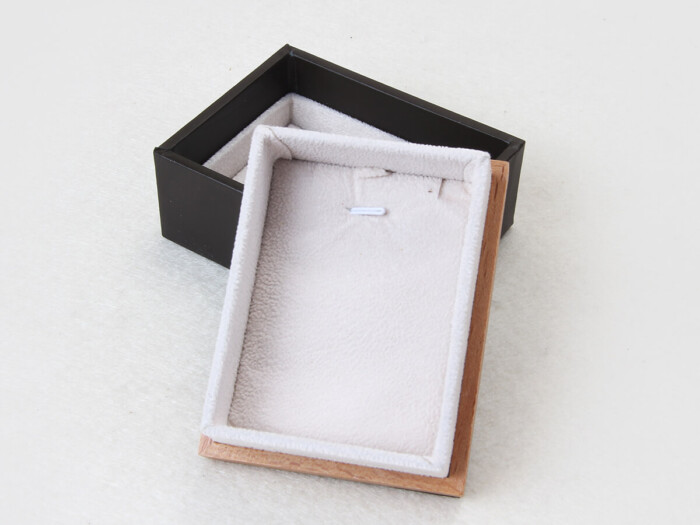 Wooden and Leather Bracelet Paper Packaging Boxes
