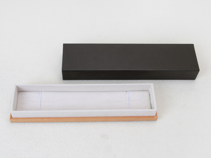 Wooden and Leather Necklace Paper Packaging Boxes