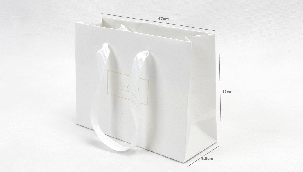 Dream Vows Jewelry Shopping Bags size
