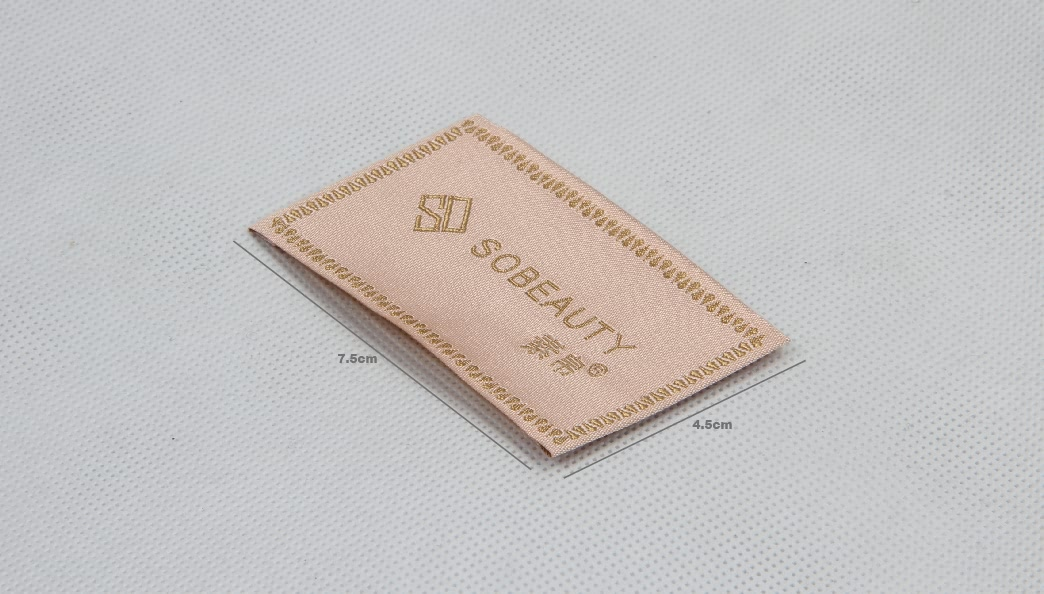 Elegant Woven Neck Labels For Women's Wear size