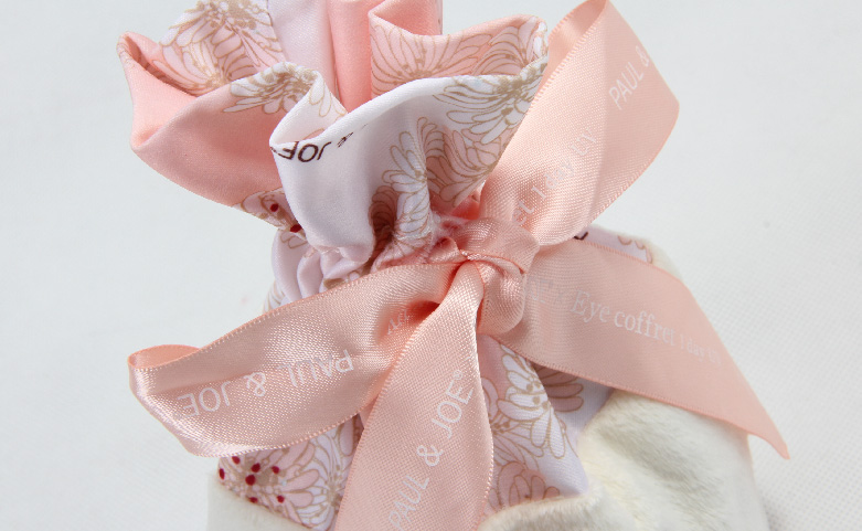 Cute Lovely Polyester Lint Cosmetic Bags Drawstring Pouches ribbon