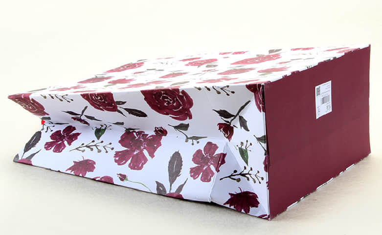 Large Purple Roses Gift Bags With Red Ribbons base