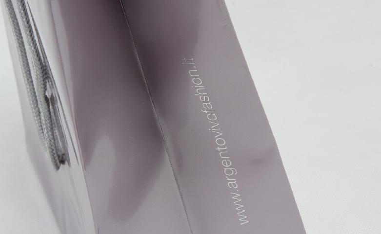 Luxury Gloss Garment Paper Bags Set detail