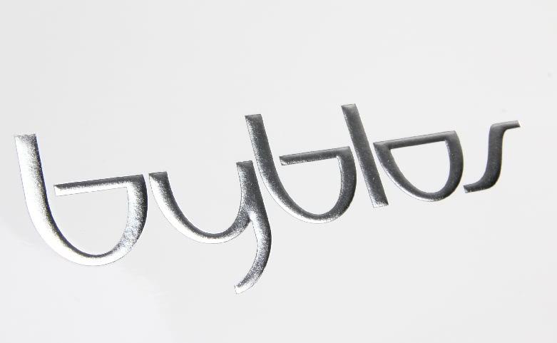 Premium Aluminium Foil Laminated Garment Paper Bags logo
