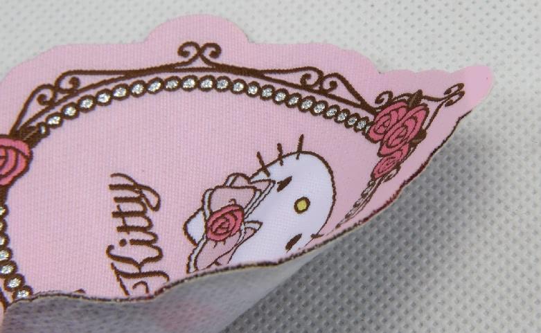 Cute Fancy Heart Shape Clothing Woven Labels detail