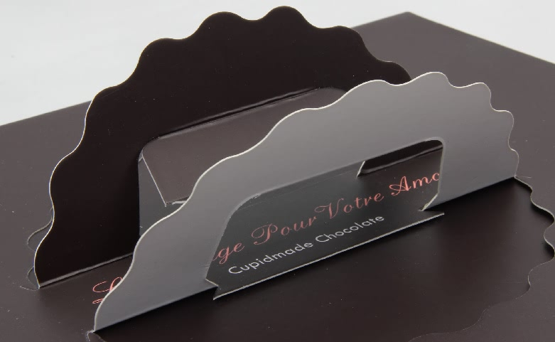 Portable Chocolate Gift Packaging Boxes With Sleeves handle