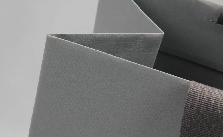 Premium Grey Garment Paper Bags With Hot Stamping Logo detail