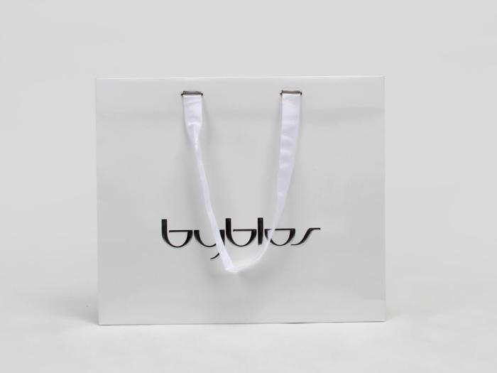 Aluminium Foil Laminated Garment Paper Bags With Ribbon Hoop