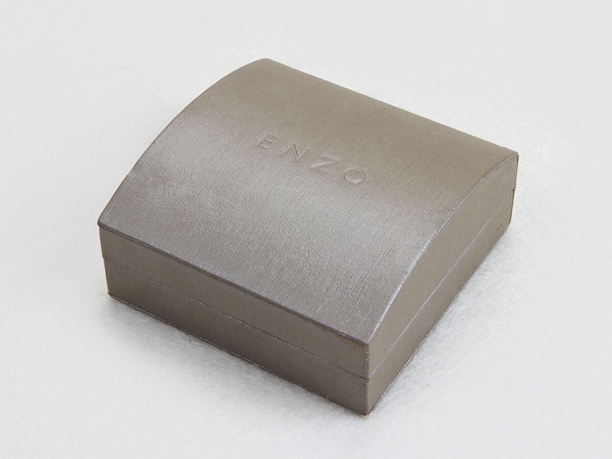 Arched Bracelet Packaging Boxes Side Display