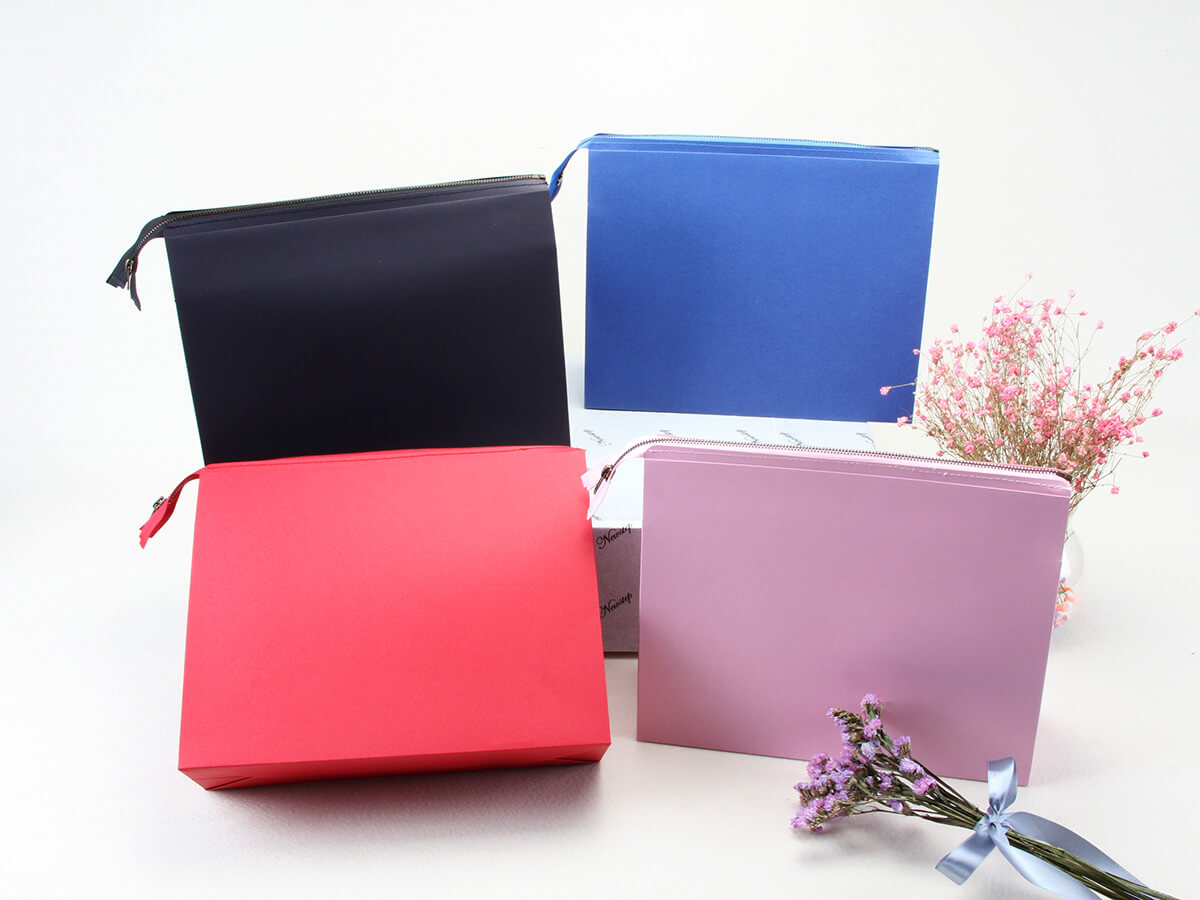 Colorful Eco-friendly Gift Paper Handle Bag With Zipper