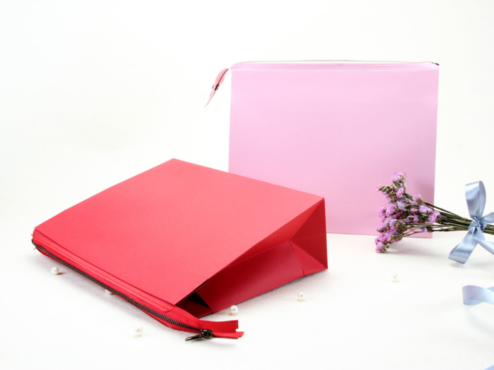 Colorful Eco-friendly Pink Paper Handle Bag Display