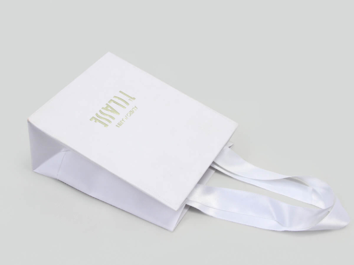 Cosmetic Make-up Shopping Paper Bags Ribbons