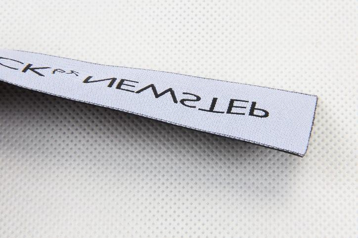 Custom Top Quality Garment Woven Labels side