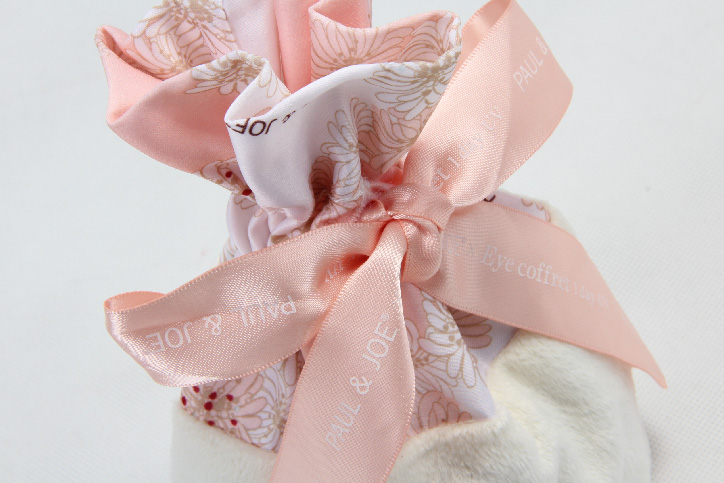 Cute Lovely Polyester Lint Cosmetic Bags Drawstring Pouches detail