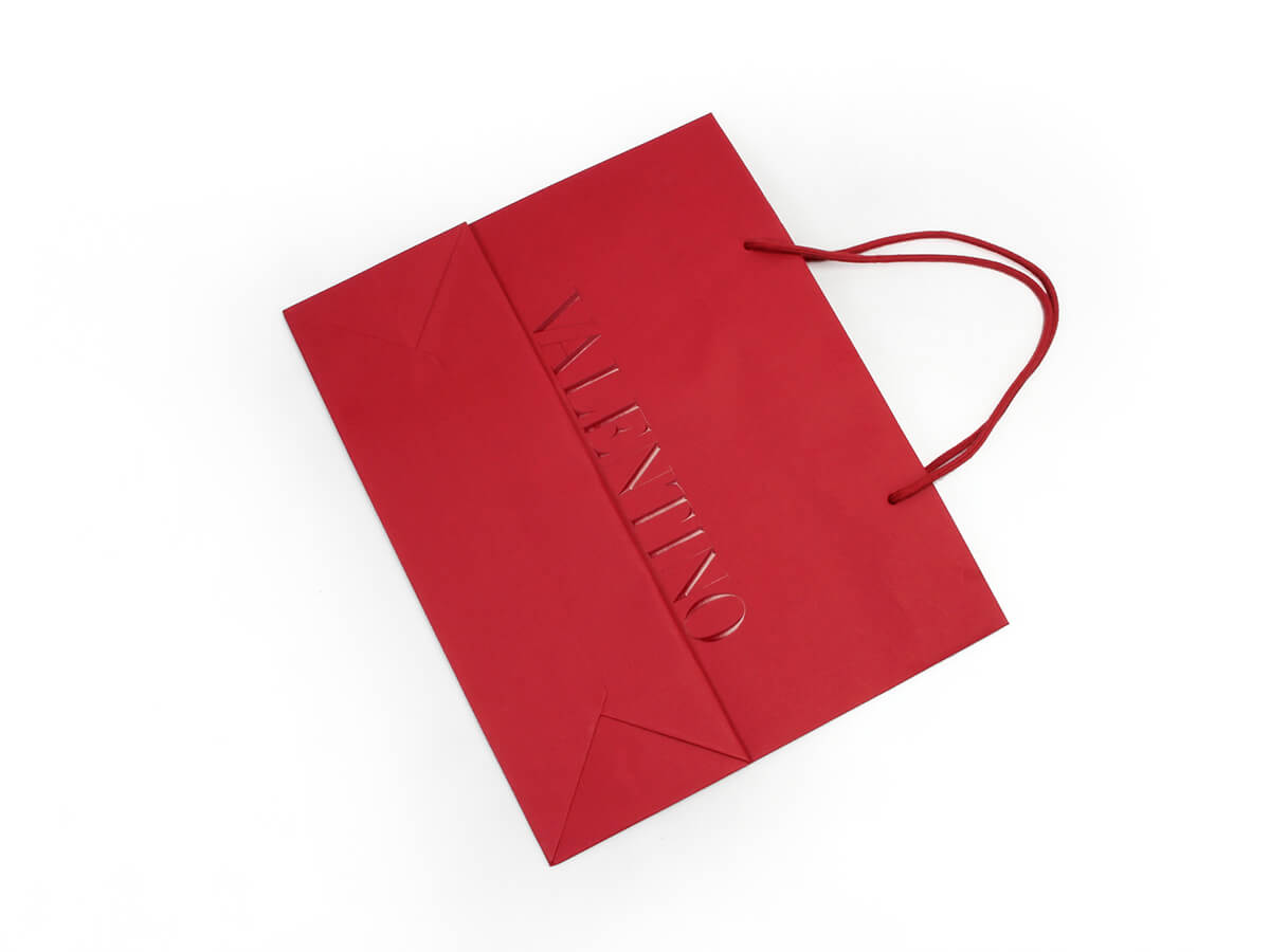 Dazzling Red Garment Paper Shopping Bags Folding Way
