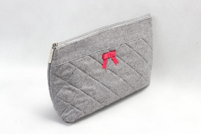 Elegant Dimand Pattern Felt Cosmetic Bags With Bowknot Side