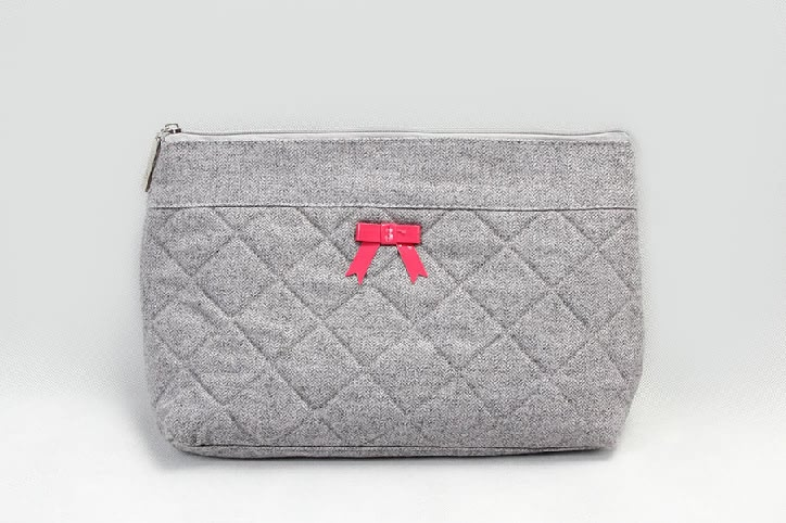 Elegant Dimand Pattern Felt Cosmetic Bags With Bowknot